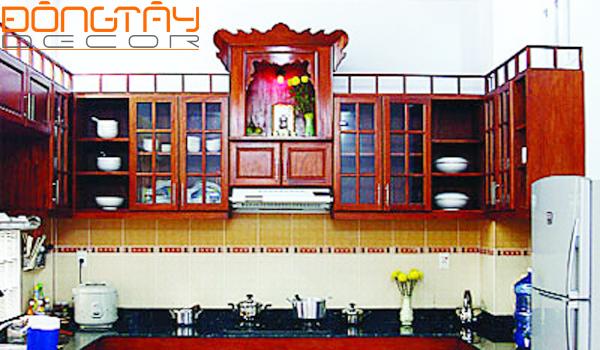 Bàn thờ ông Táo có thể đặt trong bếp hoặc trong phòng thờ nhưng đều hướng vế hướng Nam để vượng Hỏa