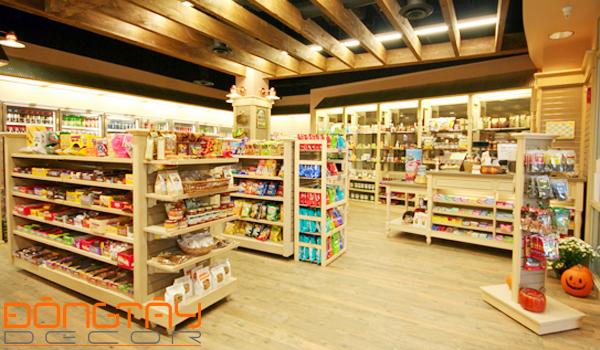 Cửa hàng kinh doanh sắp xếp theo phong thủy sẽ làm tăng vận khí, tiền tài cho chủ cửa hàng.