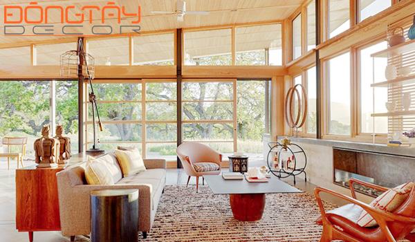 Cửa sổ lớn là nét đặc trưng của phong cách Rustic