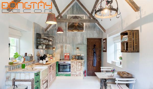 Những chiếc tủ, kệ bếp, đèn trần được tận dụng từ những vật liệu cũ cũng làm nên môt phong cách rất riêng của Shabby chic