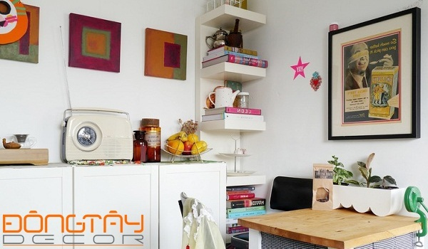 Phòng bếp nhỏ nhưng tiện nghi, được thiết kế tách biệt với phòng khách